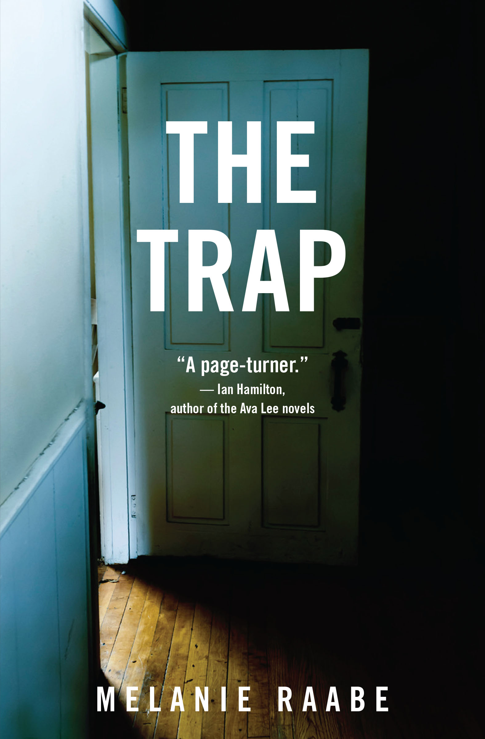 The Trap by Interview with Melanie Raabe